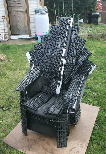 Throne for Games